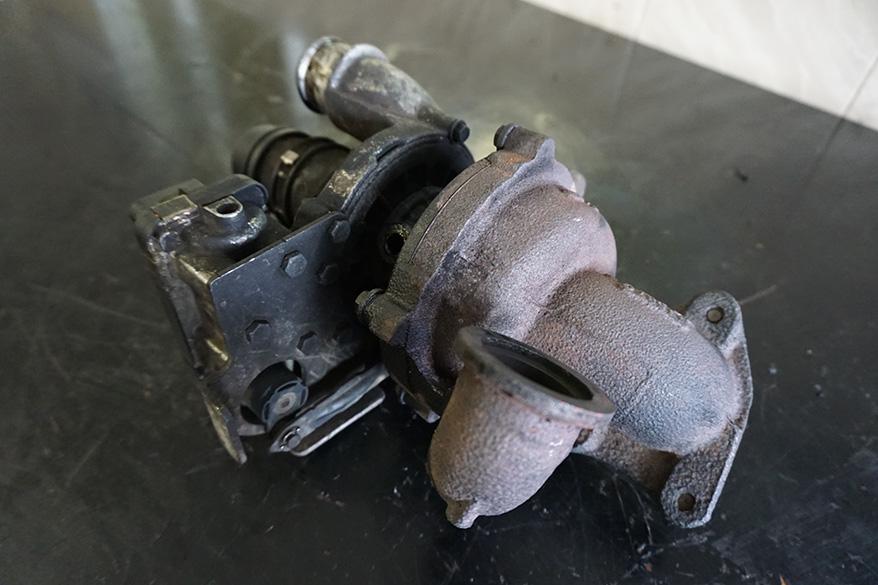 турбина на Форд Мондео до ремонта