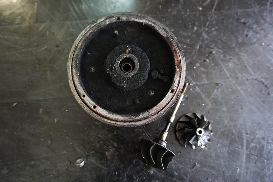 запчасти на турбину на Мерседес GLE после ремонта